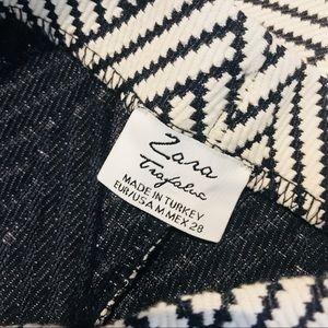9a0ca4b4c2d Zara Skirts - Zara Trafaluc Geometric Pattern Pencil Skirt